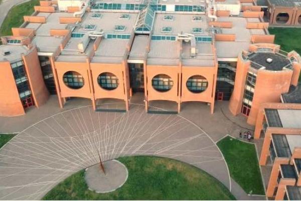 Liceo Rodari dall'alto